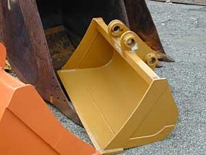 55″ Komatsu Excavator Bucket