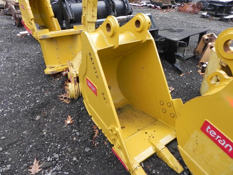 24″ Excavator Bucket